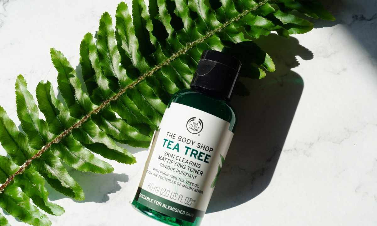 Cosmetic use of tea tree oil for the person